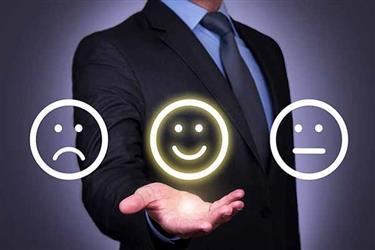 بررسی رضایتمندی انواع میهمانان هتل و نتایج آن